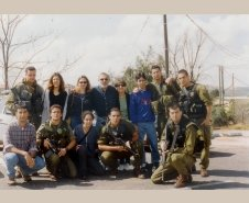 1999- עם חיילי היחידה